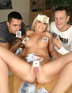 Free Moms Money Porn Pictures